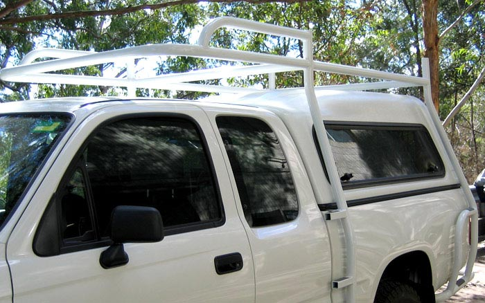 Roof rack front view